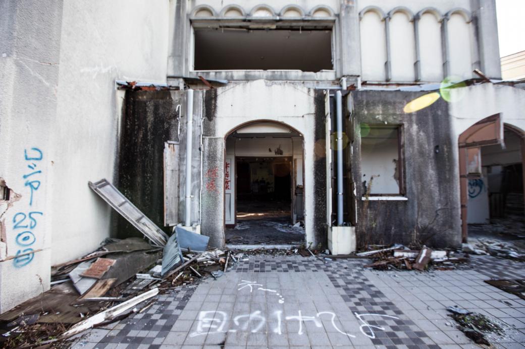 スーズダリ教会への入口