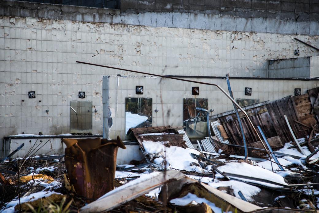 取り壊されかけの施設