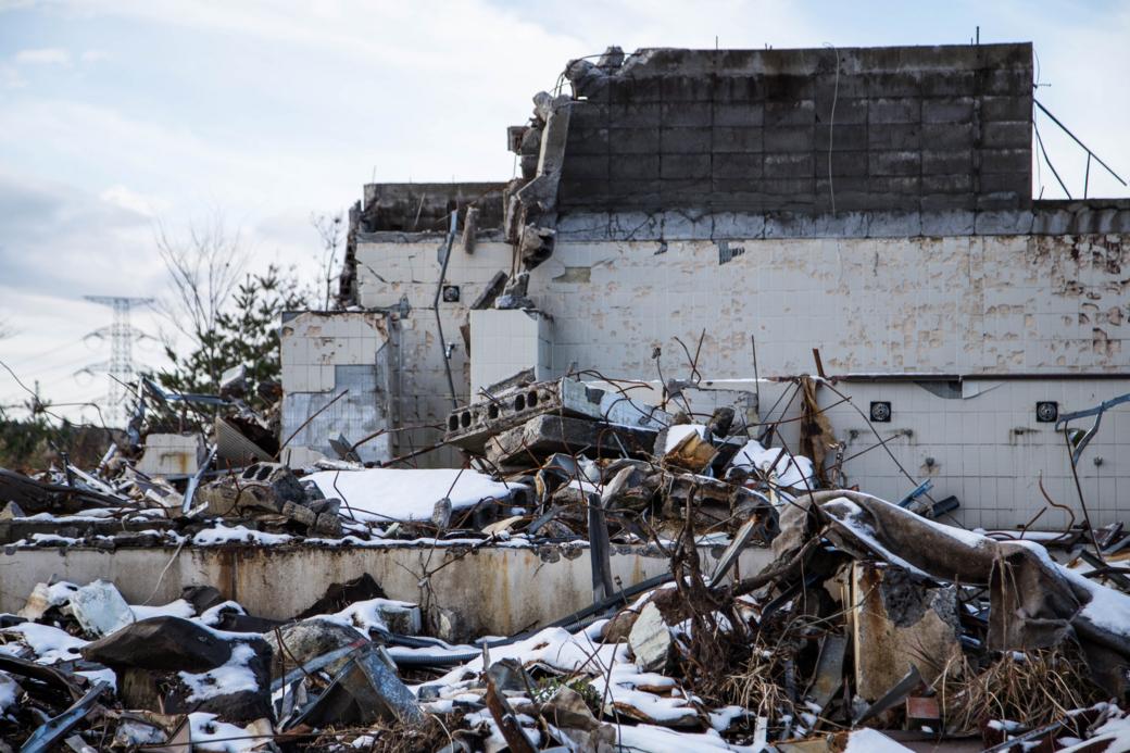 風呂場の廃墟