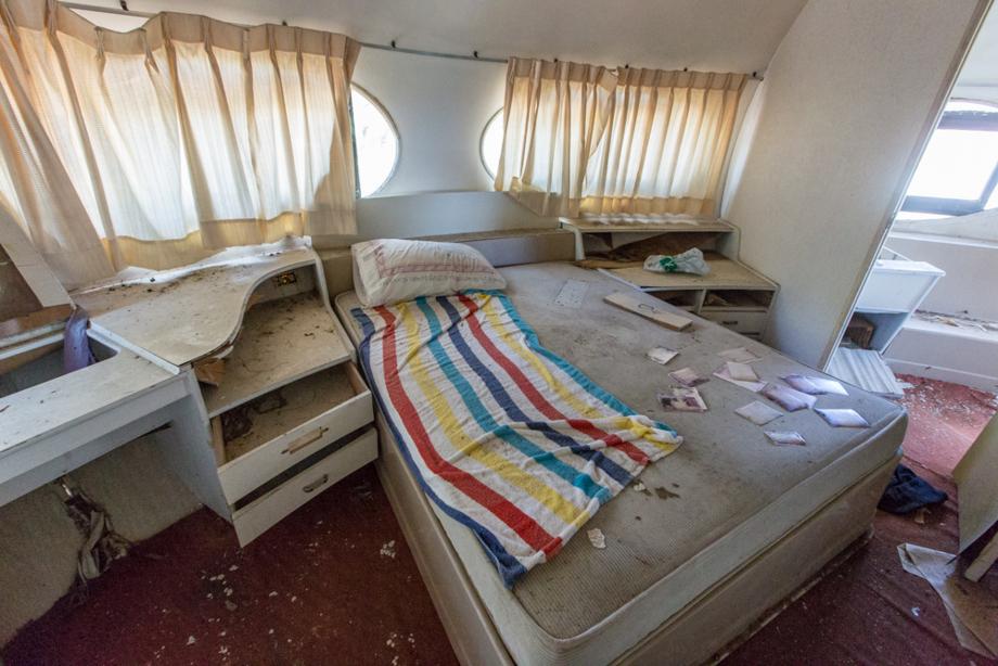ダブルベッドのある寝室