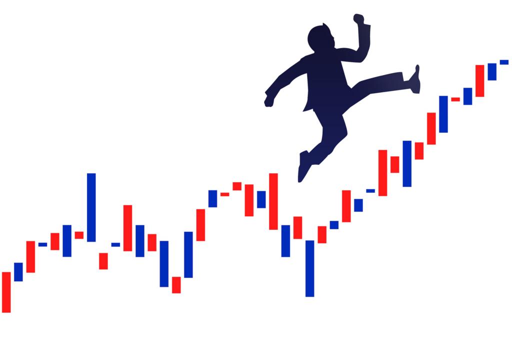 株式投資をしている男性