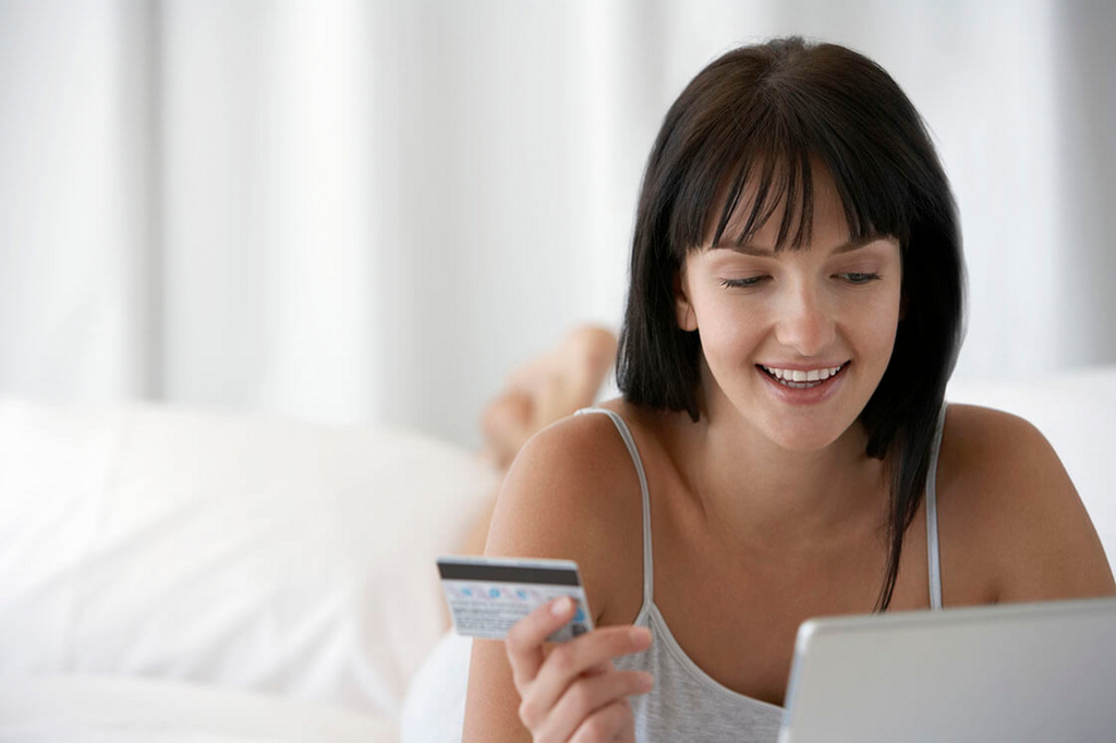 永久不滅ポイントをもっとお得に貯められる永久不滅.comとは?