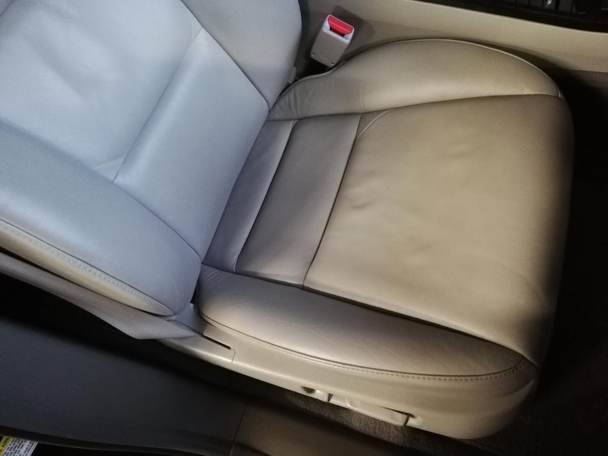 アキュラ/MDX 革レザーシートの擦れ・劣化5