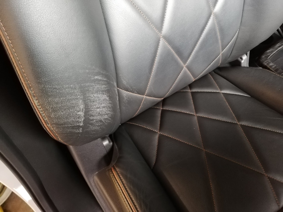日産/エルグランド 本革シート擦り傷の補修