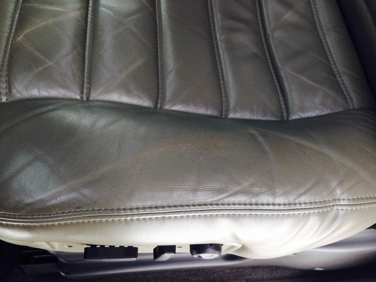 GM/ハマーH2 革レザーシート擦れ・穴傷の補修