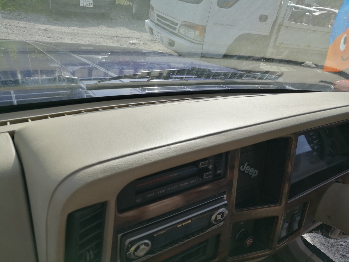 Jeep/チェロキー ダッシュボード剥がれの補修 札幌
