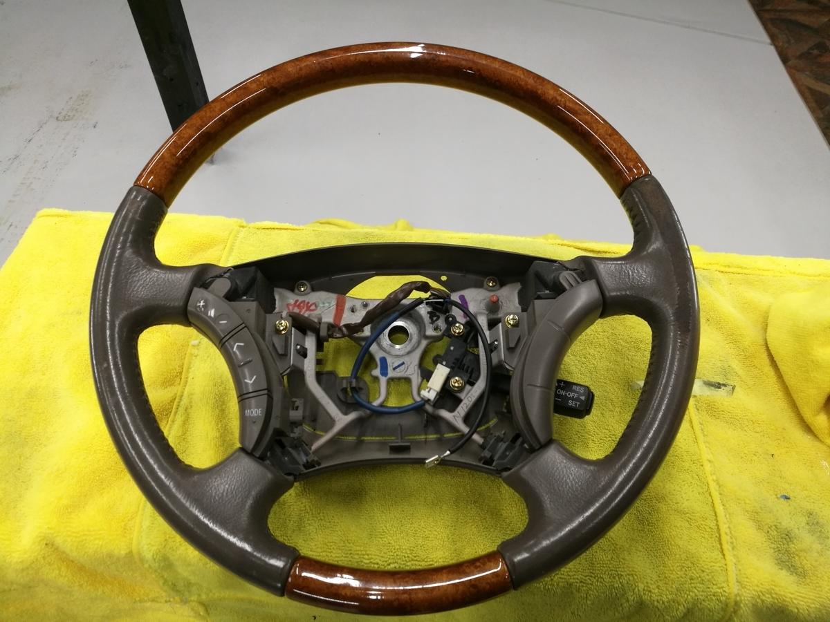 トヨタ/ランドクルーザー100 ウッドコンビハンドル擦れ+破れの補修 札幌