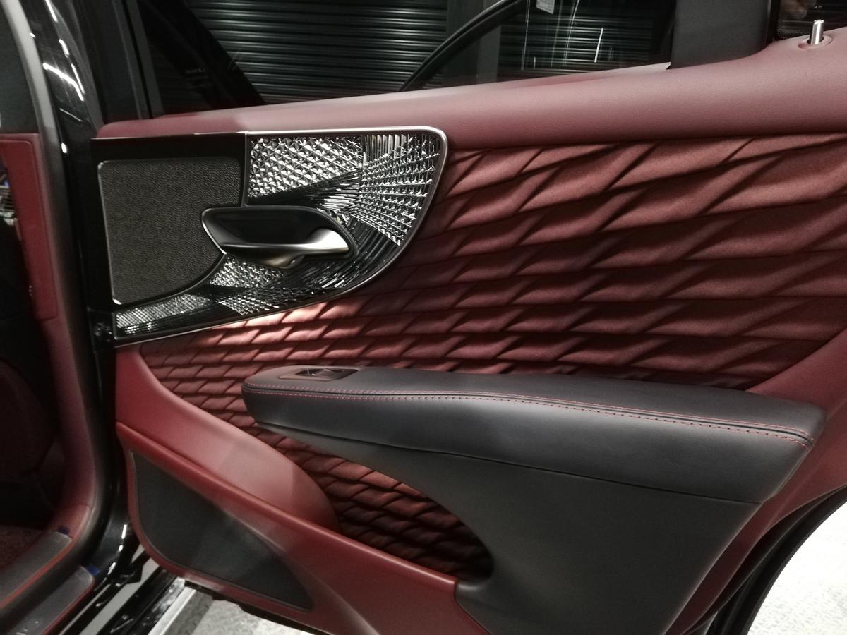 レクサス/LS500S EXECUTIVE ボディ研磨+樹脂硬化型コーティング【Ω /OMEGA】+ヘッドライトコーティング・ウインドウウロコ取りコーティング+ホイールコーティング+レザークリーニング・保湿トリートメント 札幌4