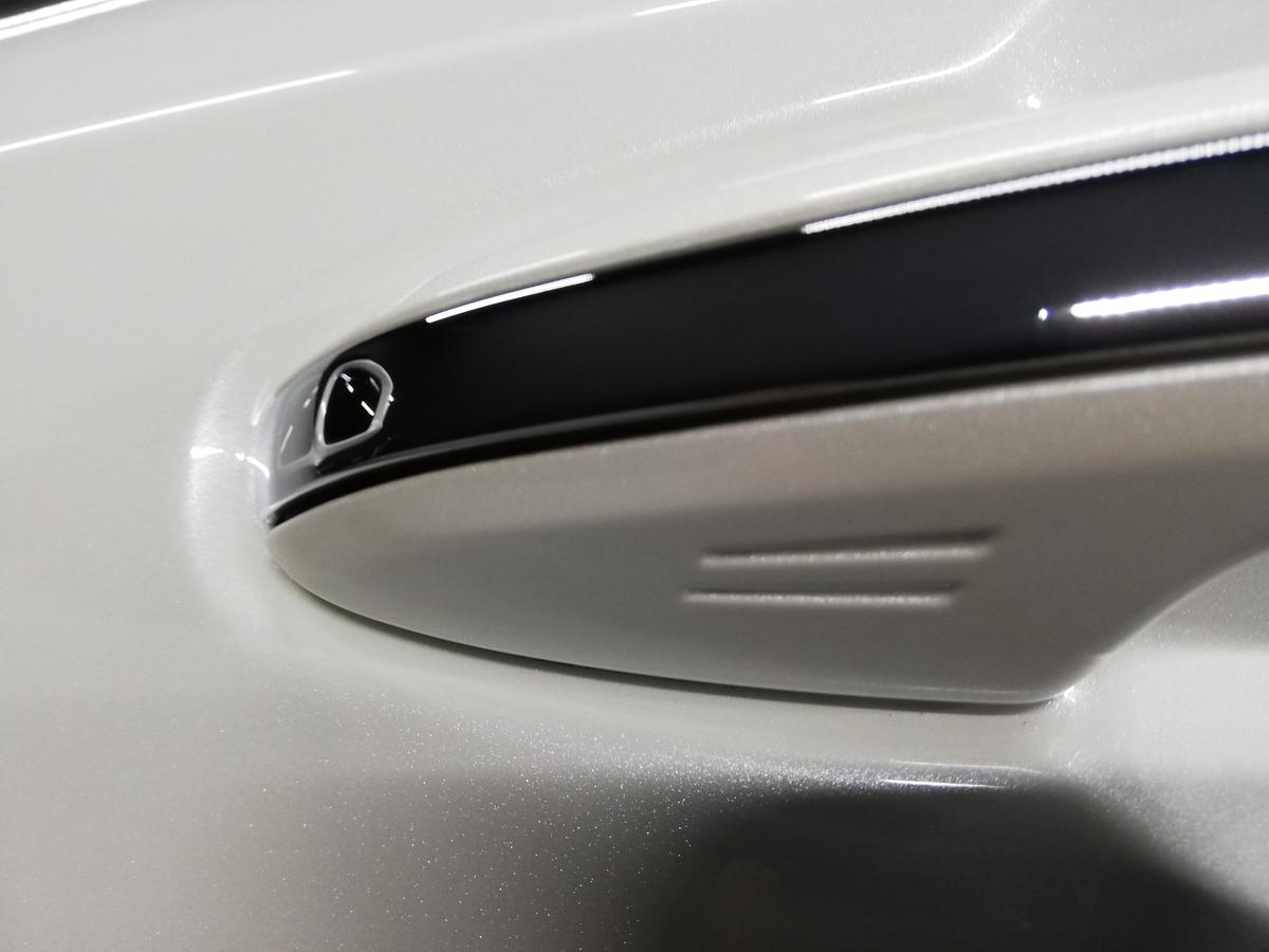 トヨタ/クラウンアスリート ボディ研磨+ フッ素樹脂結合系コーティング 札幌 タクシー5