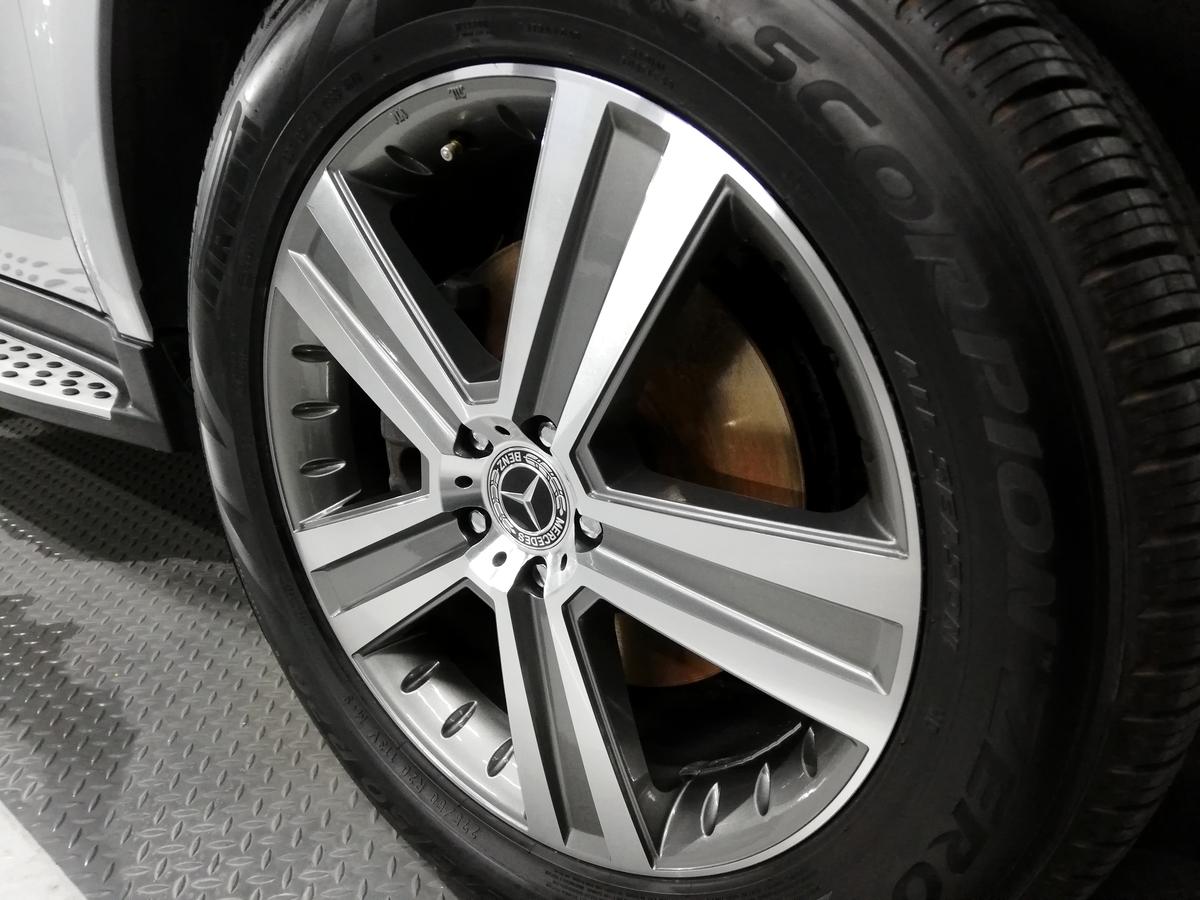 メルセデス・ベンツ/GL550 X164 ボディ研磨+樹脂硬化型コーティング【Ω/OMEGA】+ヘッドライト・ホイール・未塗装樹脂パーツコーティング札幌ブレーキダスト