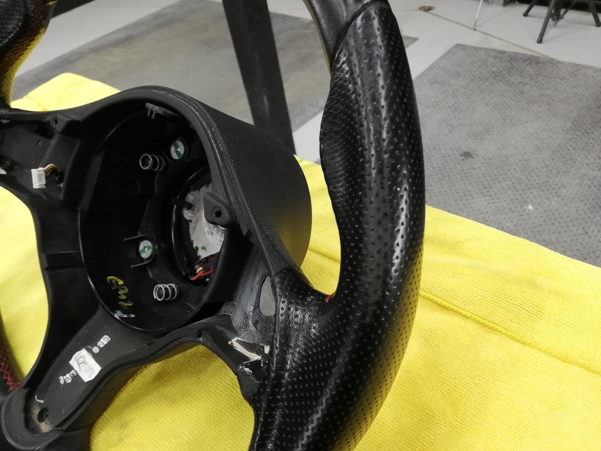 アルファロメオ/159 Q4 3.2JTS 革パンチングハンドル/ステアリングの擦れ補修+ステッチカラーリング札幌4
