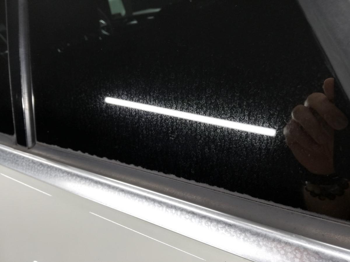 メルセデス・ベンツ/ML350 BlueTECH W166 ボディ研磨+樹脂硬化型コーティング【Ω/OMEGA】+ウィンドウウロコ取り・アルミモール・未塗装樹脂パーツ各コーティング札幌4
