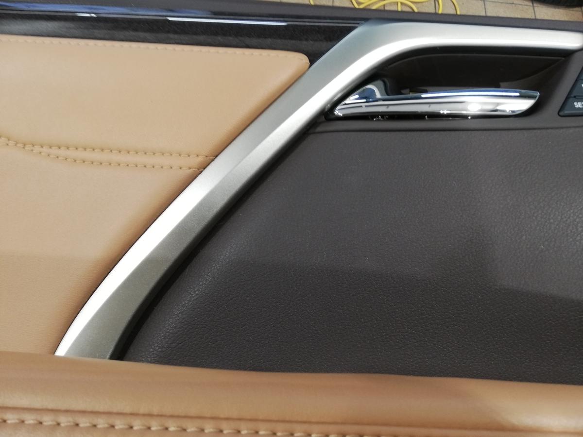 CPOレクサス認定中古車/RX450hl ドアトリム/内張り破れ傷補修札幌2