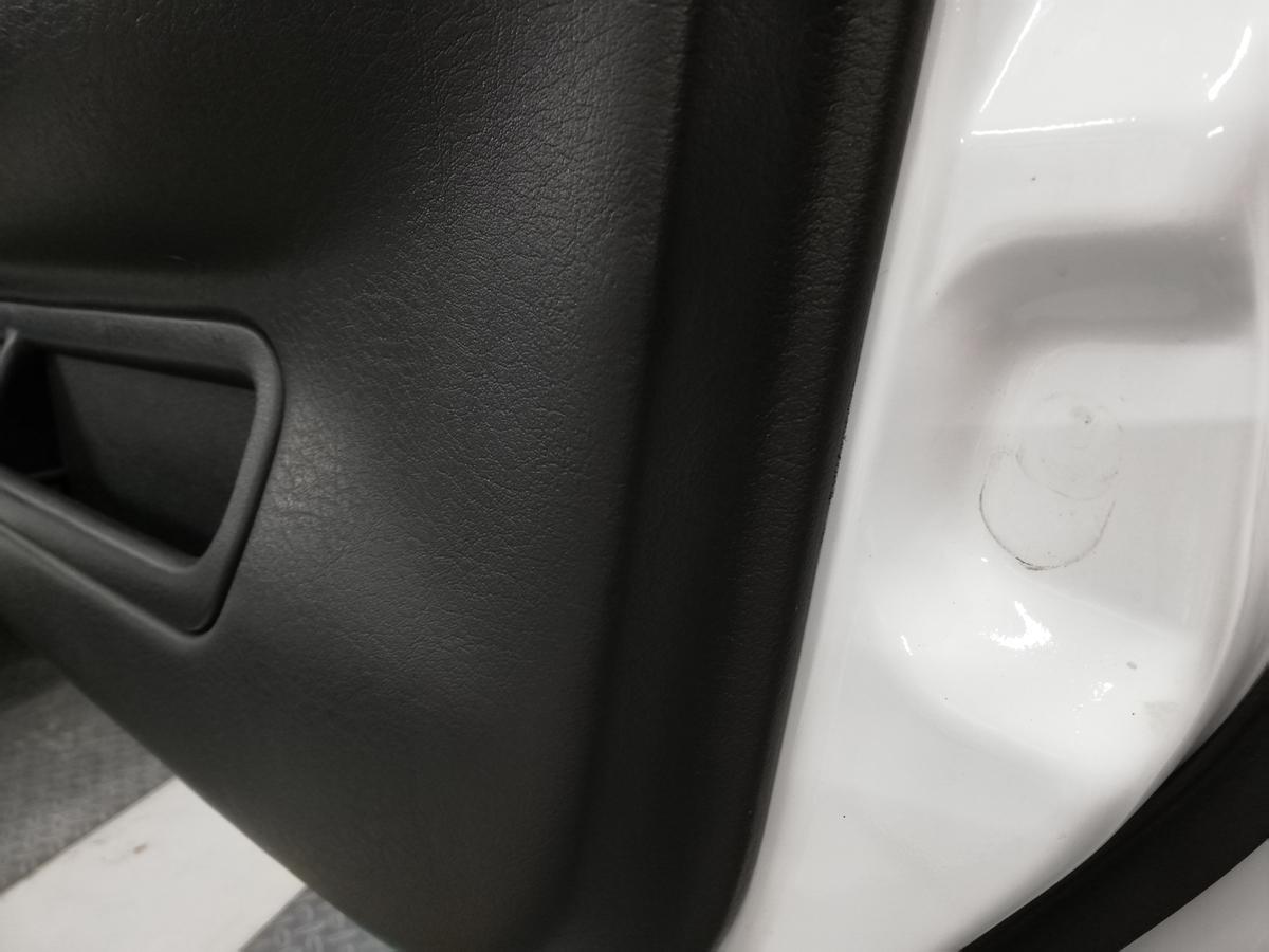 日産/GT-R BNR32 ダッシュボード表皮浮き剥がれ・センターコンソール傷+革シート擦れ+ドア内張傷の補修札幌7