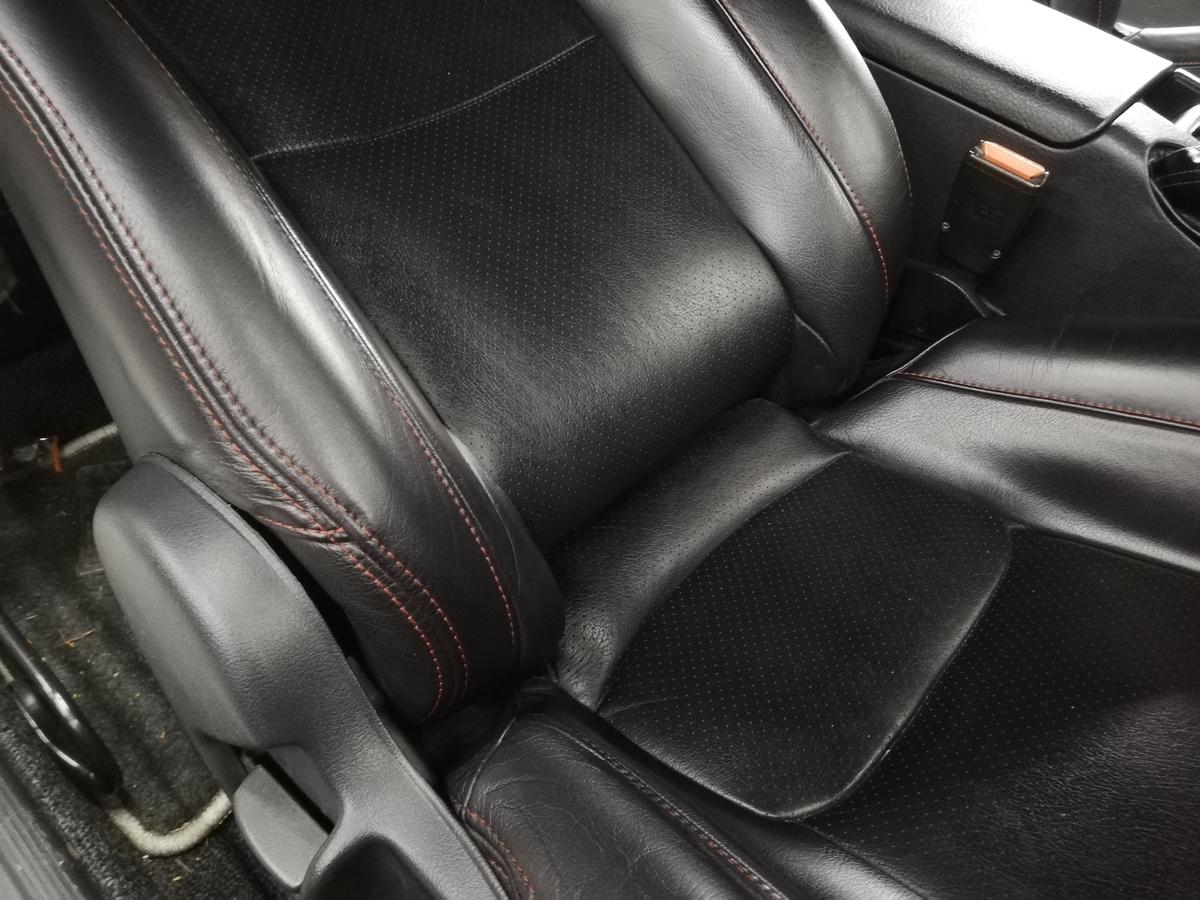 日産/GT-R BNR32 ダッシュボード表皮浮き剥がれ・センターコンソール傷+革シート擦れ+ドア内張傷の補修札幌5