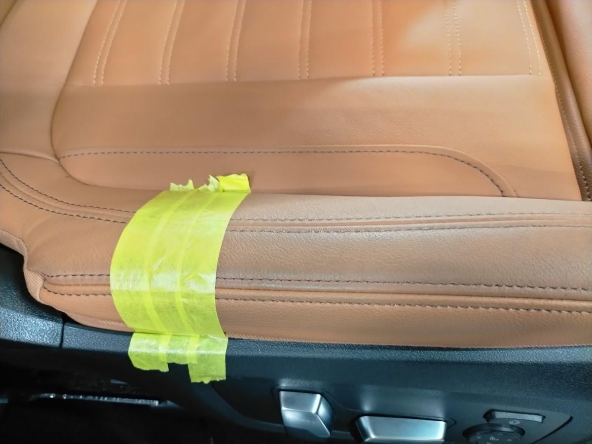 BMW/X3 M40d ボディ研磨+樹脂硬化型コーティング【Ω /OMEGA】  +ヘッドライトコーティング・ウインドウウロコ取りコーティング+ホイールコーティング+本革レザー保湿トリートメント札幌9
