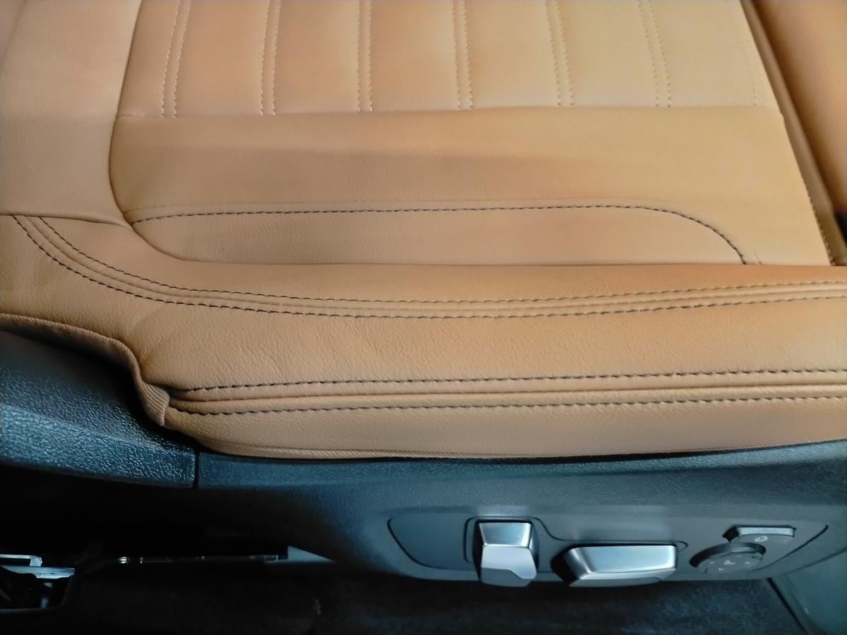 BMW/X3 M40d ボディ研磨+樹脂硬化型コーティング【Ω /OMEGA】  +ヘッドライトコーティング・ウインドウウロコ取りコーティング+ホイールコーティング+本革レザー保湿トリートメント札幌11