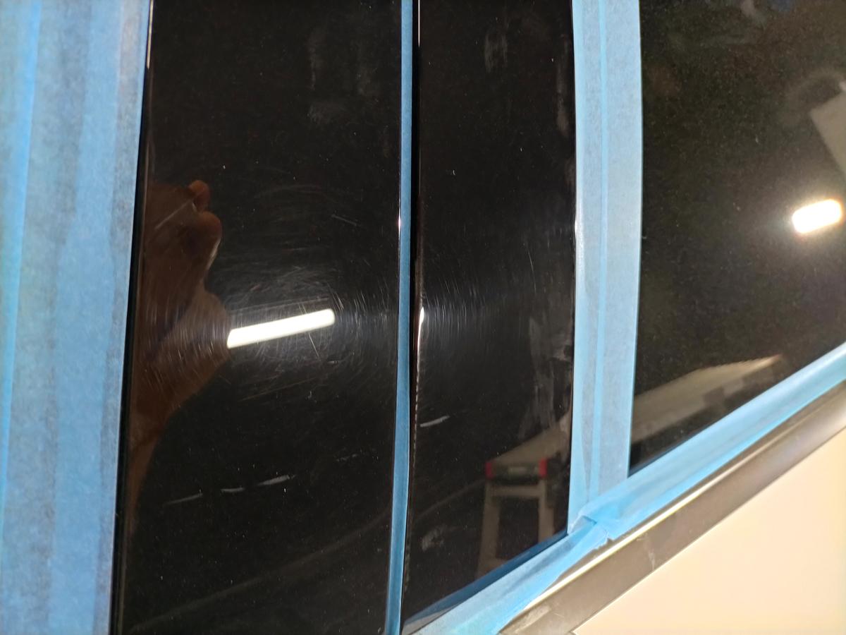 アウディ/A3 ボディ磨き+樹脂硬化型コーティング【Ω/OMEGA】+ウインドウウロコ取り撥水加工札幌北広島3