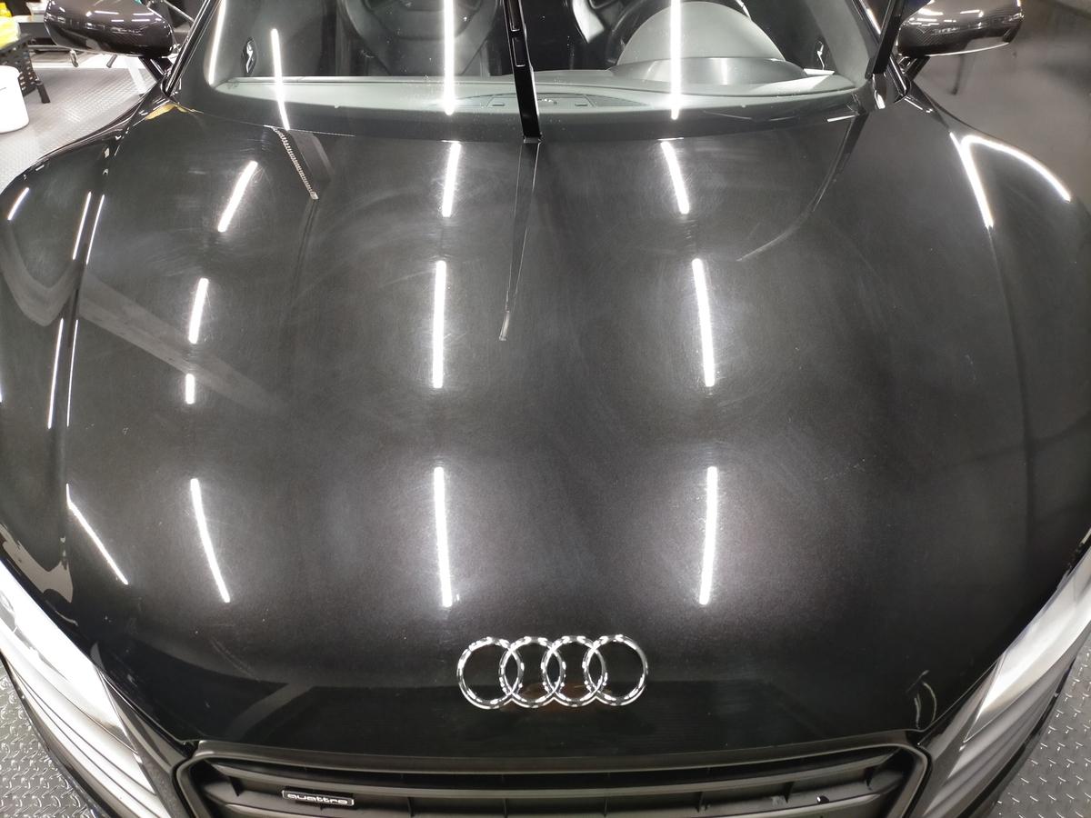 アウディ/ R8 V10 5.2FSI Quattroボディ磨き+樹脂硬化型コーティング【Ω/OMEGA】札幌北広島