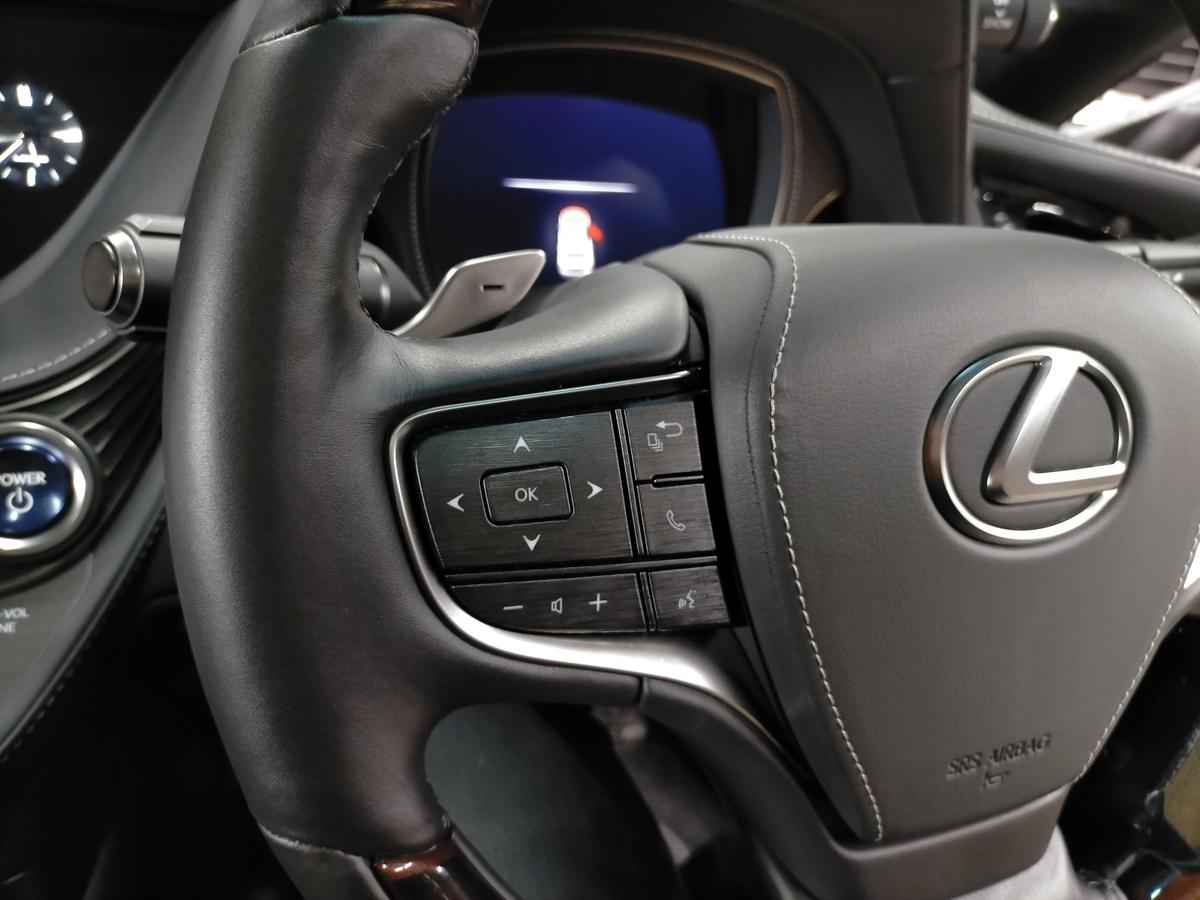 レクサス/LS500h 革ハンドル/ステアリング劣化・擦れ・表皮剥がれ補修札幌北広島1