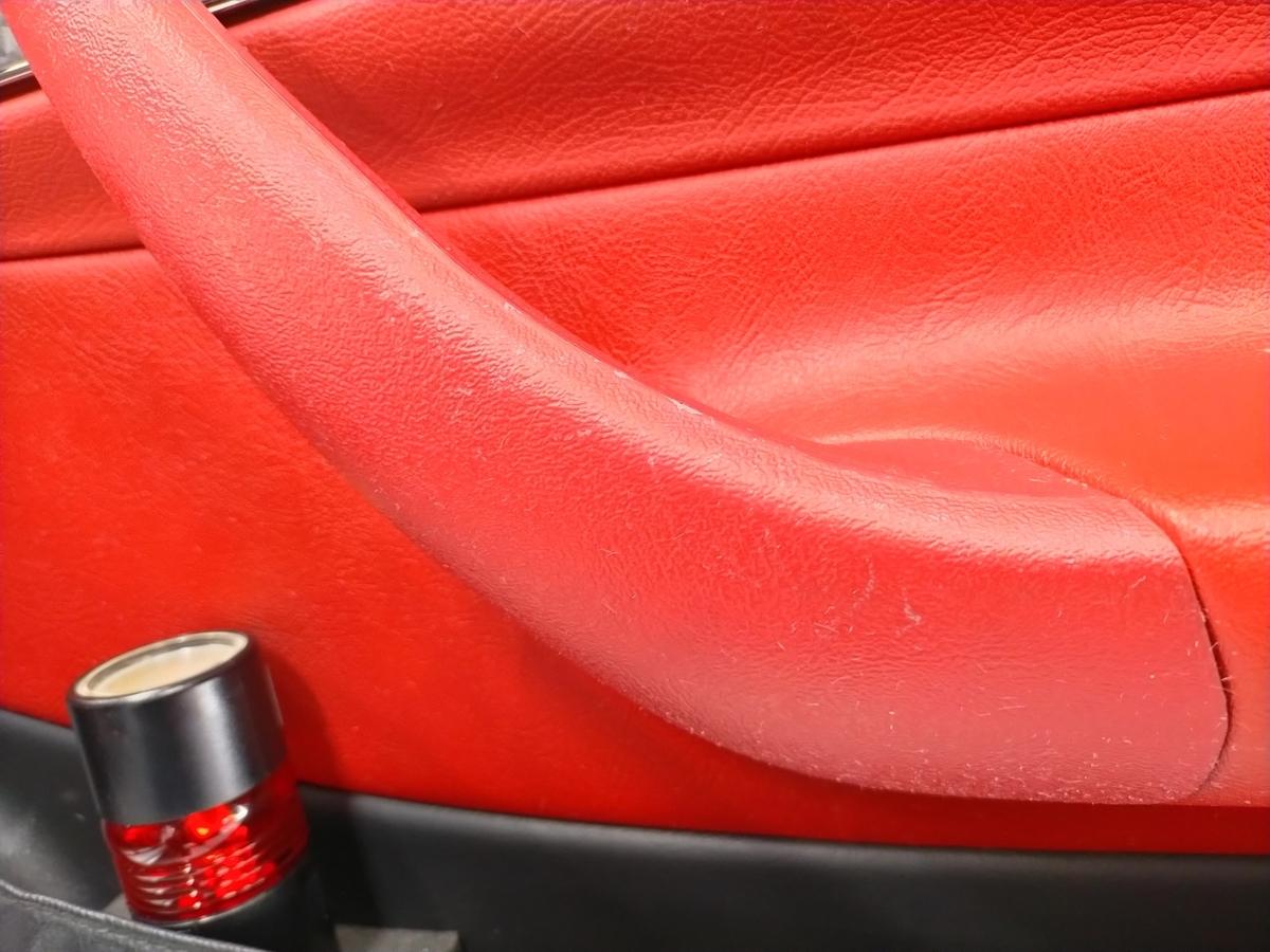 メルセデス・ベンツ/SLK230 ダッシュ+内張り+センターコンソール 擦り傷・塗装剥がれ補修札幌清田2