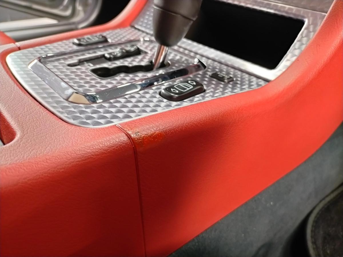 メルセデス・ベンツ/SLK230 ダッシュ+内張り+センターコンソール 擦り傷・塗装剥がれ補修札幌清田6