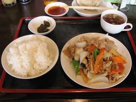 肉と野菜のピリ辛炒め定食@東京亭