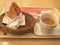 モスでチキンとコーヒー