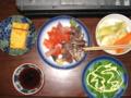 [肴]玉子焼き、サーモンかつお刺身、キャベツ人参ピクルス、醤油、さやえ