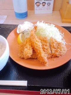 海老フライロースカツ定食