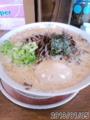 [哲麺][ラーメン][☆☆]豚骨醤油味玉+きくらげ