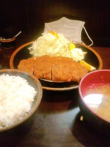 ジャンボ豚カツ定食