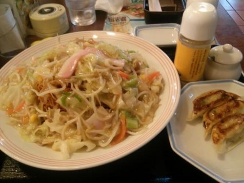 6月7日。野菜たっぷり皿うどん+セット餃子@リンガーハット