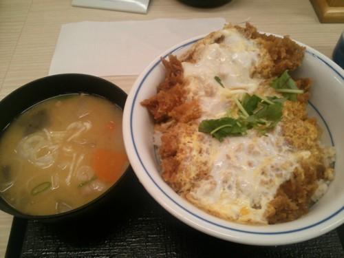 カツ丼+とん汁小