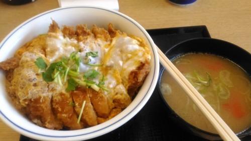 カツ丼竹+とん汁小