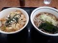 [山田うどん][丼][蕎麦]親子丼セットたぬき蕎麦
