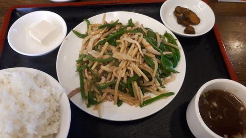 肉ピーマン炒め定食
