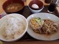[すき家]豚生姜焼き朝食+豚汁変更