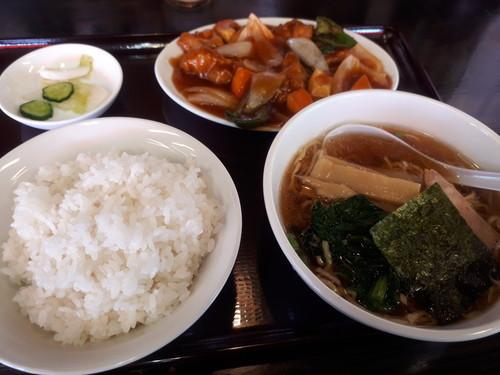 酢豚とラーメン餃子セット(餃子撮り忘れ)