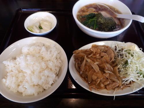 豚の生姜焼きラーメン餃子セット(餃子撮り忘れ)