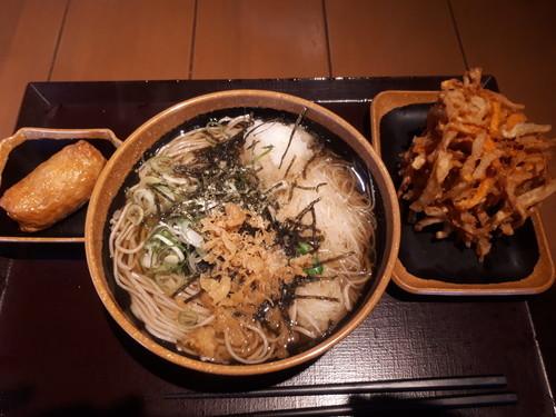 かけ大根蕎麦+かき揚げ+稲荷寿司