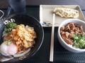 [はなまるうどん][丼][☆]牛肉ごはん+温玉ぶっかけ+なす天