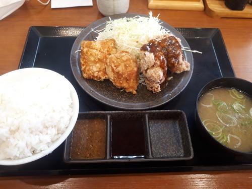 合い盛り定食(黒胡椒)