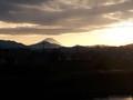 [富士山]夕暮れの富士山