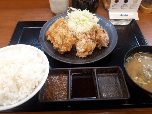 合い盛り定食(にんにくから揚げ)