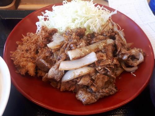 牛カツ牛焼肉定食