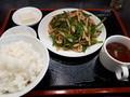 [南京亭]肉とピーマンの炒め