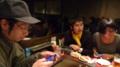 iPhonいじっとらんと食べー!
