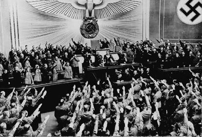 個別「ハイルヒトラー1」の写真...