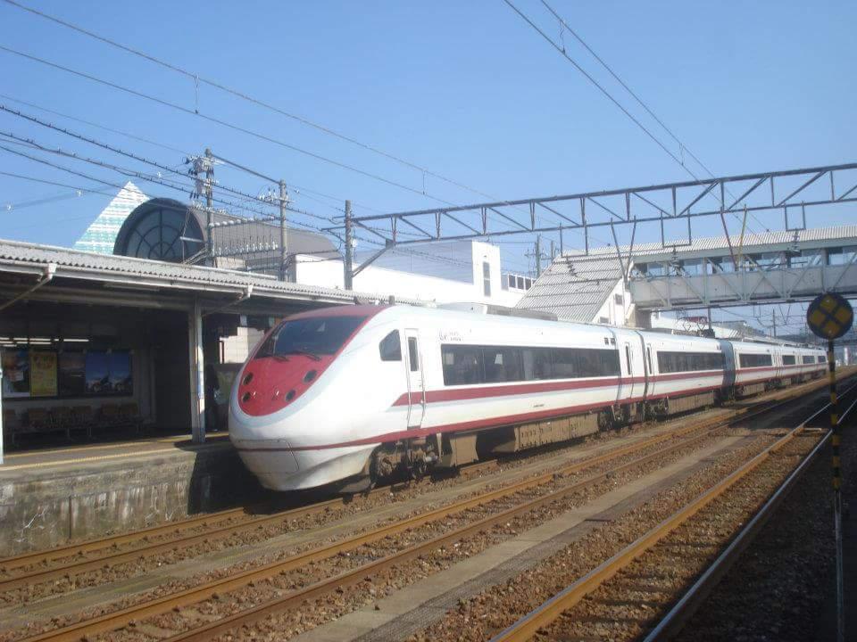 f:id:traintrains:20170119235007j:plain